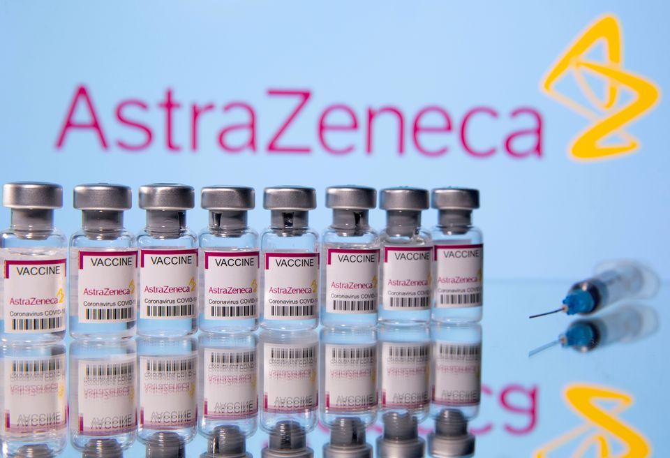 AstraZeneca е пред дилема
