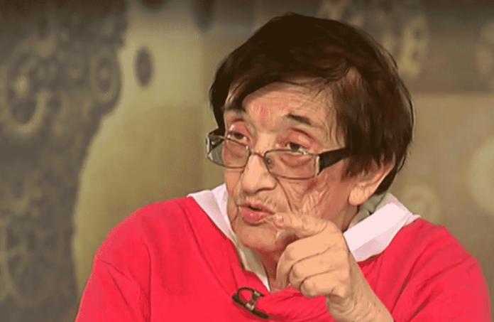 Мика Зайкова се възмути от празната зала при дебата за пенсиите