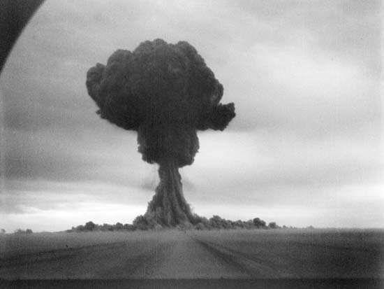 На 29 август 1949 г. е изпитана първата съветска атомна бомба