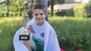 6-годишно българче стана европейски вицешампион по шахмат