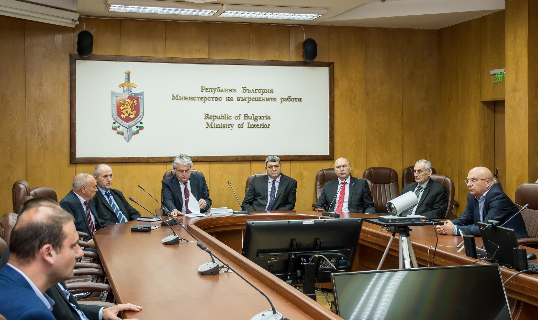 С указ на държавния глава Петър Тодоров е назначен за главен секретар на Министерството на вътрешните работи