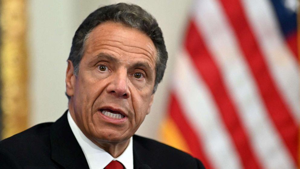 Губернаторът на Ню Йорк подаде оставка заради сексскандал