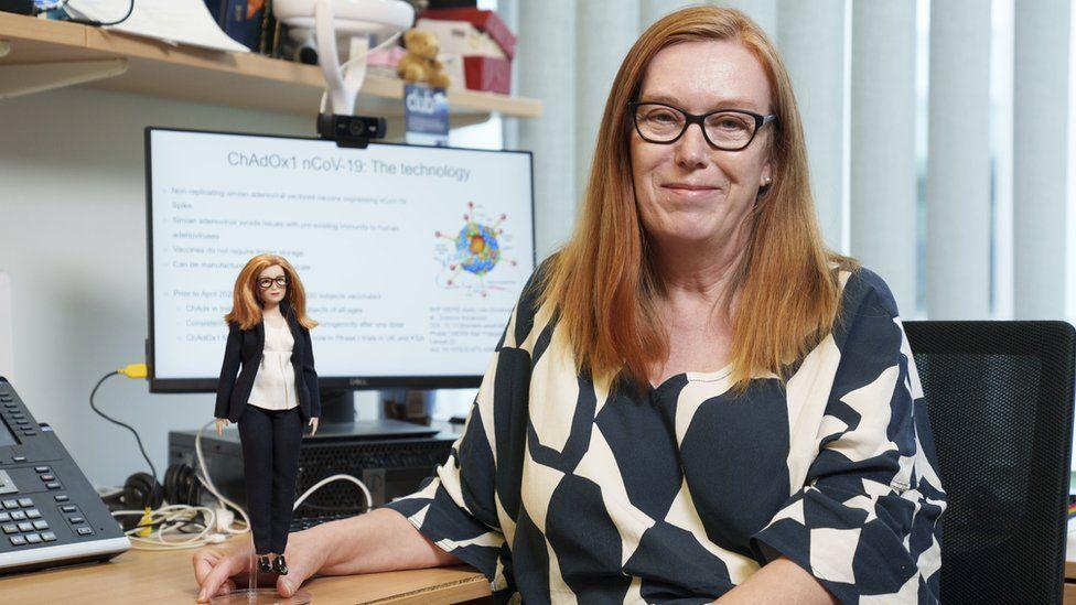 Създадоха кукла Барби в чест на откривателката на ваксината срещу Covid