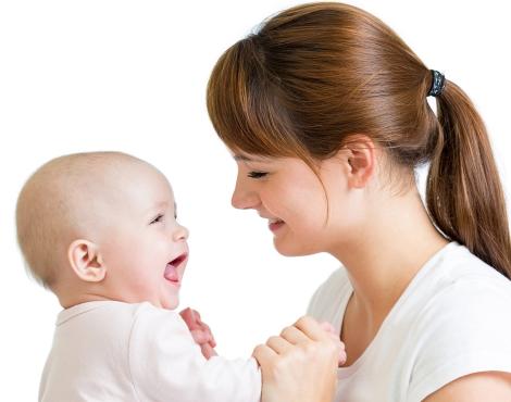 Увеличават майчинството за втората година и минималната пенсия