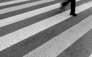 Коли пометоха двама пешеходци в София